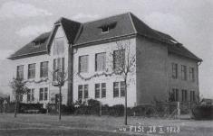 Škola, 1928